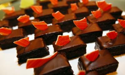 """蔓越莓""""魔鬼""""蛋糕"""